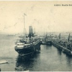 El vapor Reina Victoria en el muelle de Cádiz