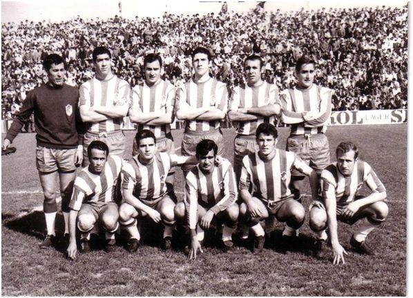 Formación 1968-69. De pie: Ñito, Barrachina, Barrenechea, Martos, Tinas, Lorenzo J.. Agachados: Vicente G., Santos, Miralles, Barrios, Noya.
