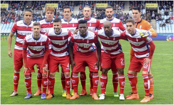 Formación 2015-16: Arriba: El-Arabi, Peñaranda, Ricardo Costa, Cristiano Biraghi, Lombán, Andrés Fernández. Agachados: Rubén Pérez, Fran Rico, Succes, Foulquier, Rochina.