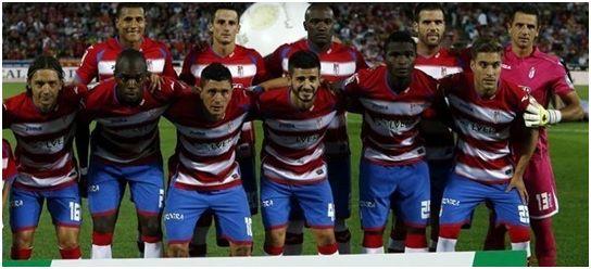 Formación 2014-15: Arriba: Murillo, Juankar, Babin, Ortuño, Roberto.  Abajo: Iturra, Nyom, Piti, Fran Rico, Succes, Rochina.