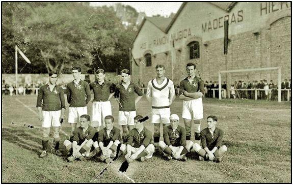 Equipo español que acudiría a los Juegos Olímpicos de Amberes. Aquellos partidos de fútbol contaron siempre como internacionalidades absolutas.