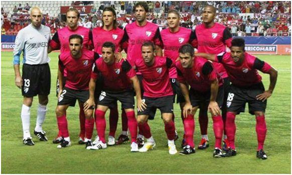 Formación 2011-12: De pie: Willy, Mathijsen, Demichelis, Van Nistelroy, Joaquín, Rondón. Agachados: Jesús Gámez, Cazorla, Apoño, Toulalan, Eliseu.