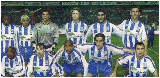 Formación 2001-02. Arriba: Musampa, Darío Silva, Contreras, Roteta, Fernando Sanz, Litos. Agachados: Dely Valdés, Josemi, Romero, Miguel Ángel, Gerardo.