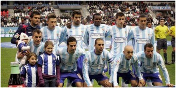 Formación 2009-10 Arriba: Munúa, Iván González, Juanito, Obinna, Manu Torres, Baha. Agachados: Duda, Fernando, Jesús Gámez, Manolo, Apoño.