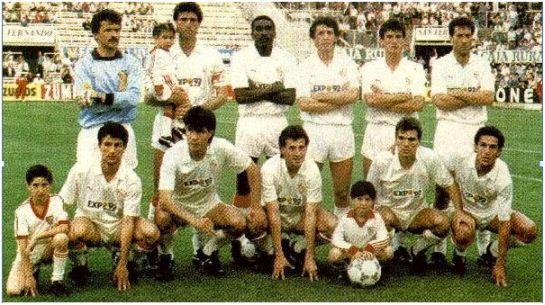 Formación 1987-88. De pie: Fernando, Álvarez, Josimar, Salguero, Jiménez, Francisco. Agachados: Antoñito, Choya II, Ramón, Cholo, De la Fuente.