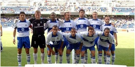 Formación 2005-06. Arriba: Jesús Vázquez, Kelemen, Bertin, Cesar Belli, Maikel, Aarón, Fagiani. Agachados: Cristian Álvarez, Alberman, Toni Moral, Toñito.