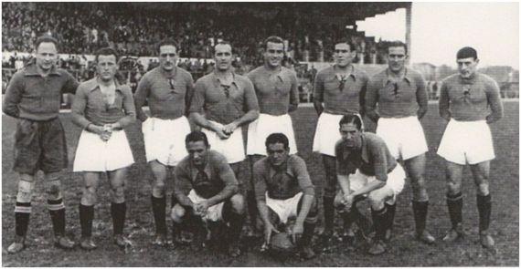 Formación 1940-41. Arriba: Florenza, Gallart, Riera, Pena, Herrerita, Victorero, Leixo, Antón. Agachados: Pedrín, Olay, Emilín.