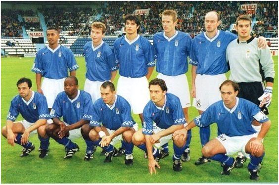 Formación 1998-99. Arriba: Rabarivony, Jaime, César, Möller, Onopko, Esteban. Agachados: Iván Iglesias, Dely Valdés, Nadj, Dubovsky, Manel.