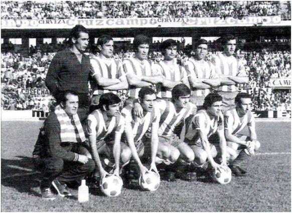 Formación 1972-73. Arriba: Molina, López M., Rodri, Puig, Alarcón, Tejada.  Agachados: Julito, Escalante, Garrido, Cuesta M., Jiménez.