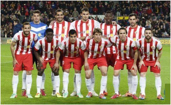 Formación 2013-14. Arriba: Esteban, Verza, Torsiglieri, Zongo, Trujillo.  Agachados: Aleix Vidal, Azeez, Rafita, Dubarbier, Corona, Rodri.